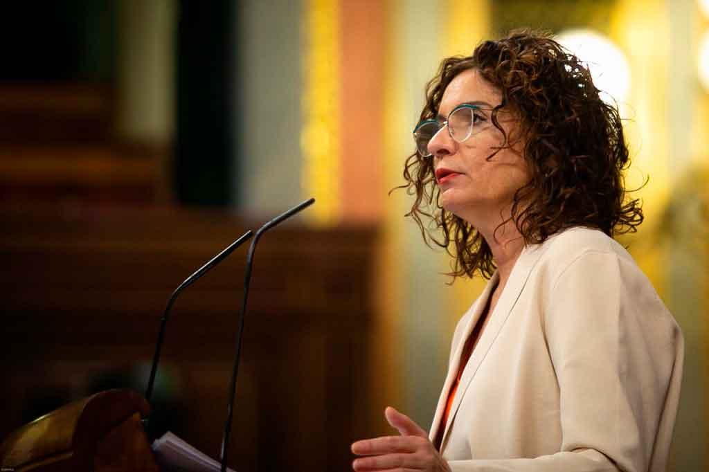 La ministra de Hacienda, Mª Jesús Montero, defiende el Proyecto de Ley del Impuesto sobre las Transacciones Financieras.